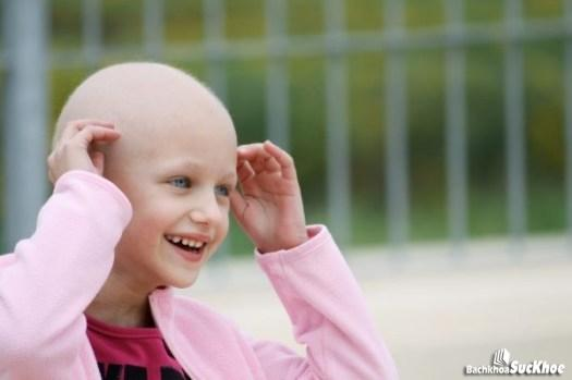 Ung thư máu có thể gây rụng tóc