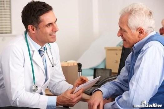 Nên thực hiện khám bệnh định kỳ để tránh bệnh ung thư đại trực tràng