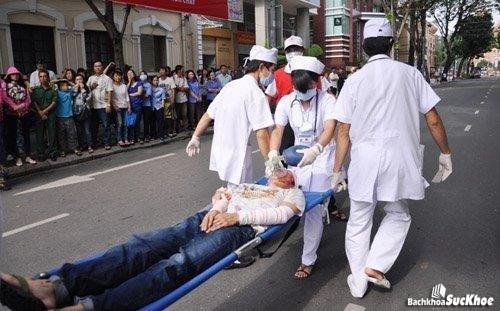 Bệnh chấn thương cổ chủ yếu do tai nạn giao thông