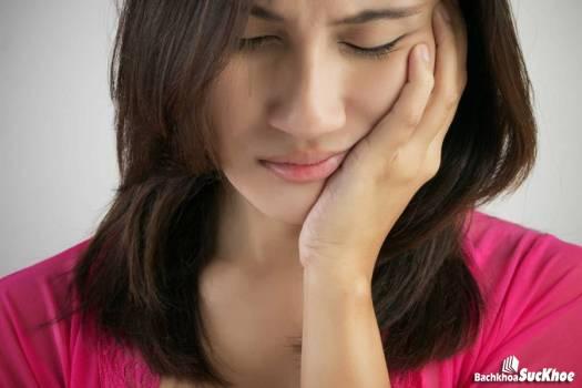 Ung thư tuyến nước bọt hoàn toàn có thể gây mất chức năng của một bên mặt
