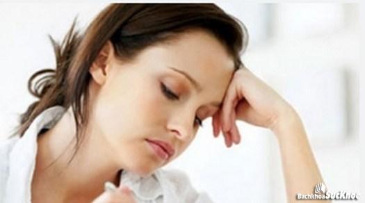 Mệt mỏi là một trong những dấu hiệu của cường cận giáp