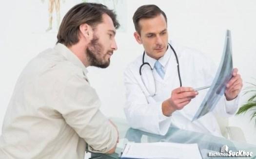 Cần đến thăm khác bác sĩ ngay lập tức khi cơ thể có dấu hiệu của bệnh Huntington