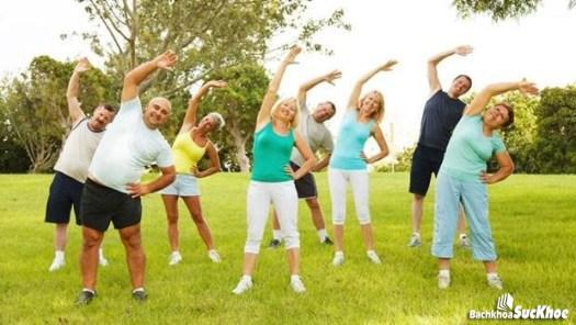 Người mắc bệnh teo não nên tập thể dục thường xuyên