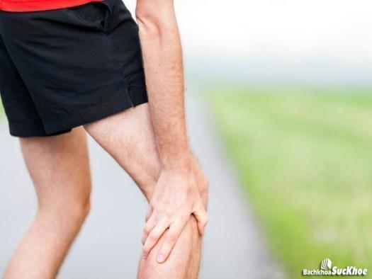 Triệu chứng của bệnh teo cơ bắp chân